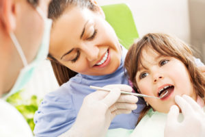 Review these flossing tips from your pediatric dentist in Birmingham.